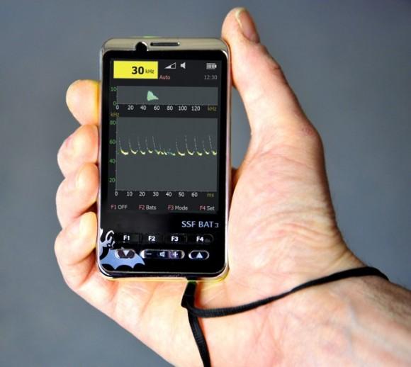 bat3_detektor_hand_g
